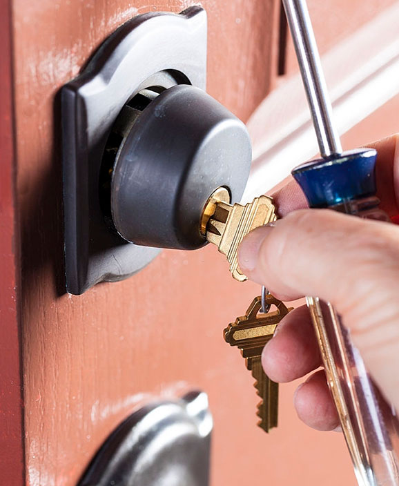 Employing a Professional locksmith - Cost Considerations